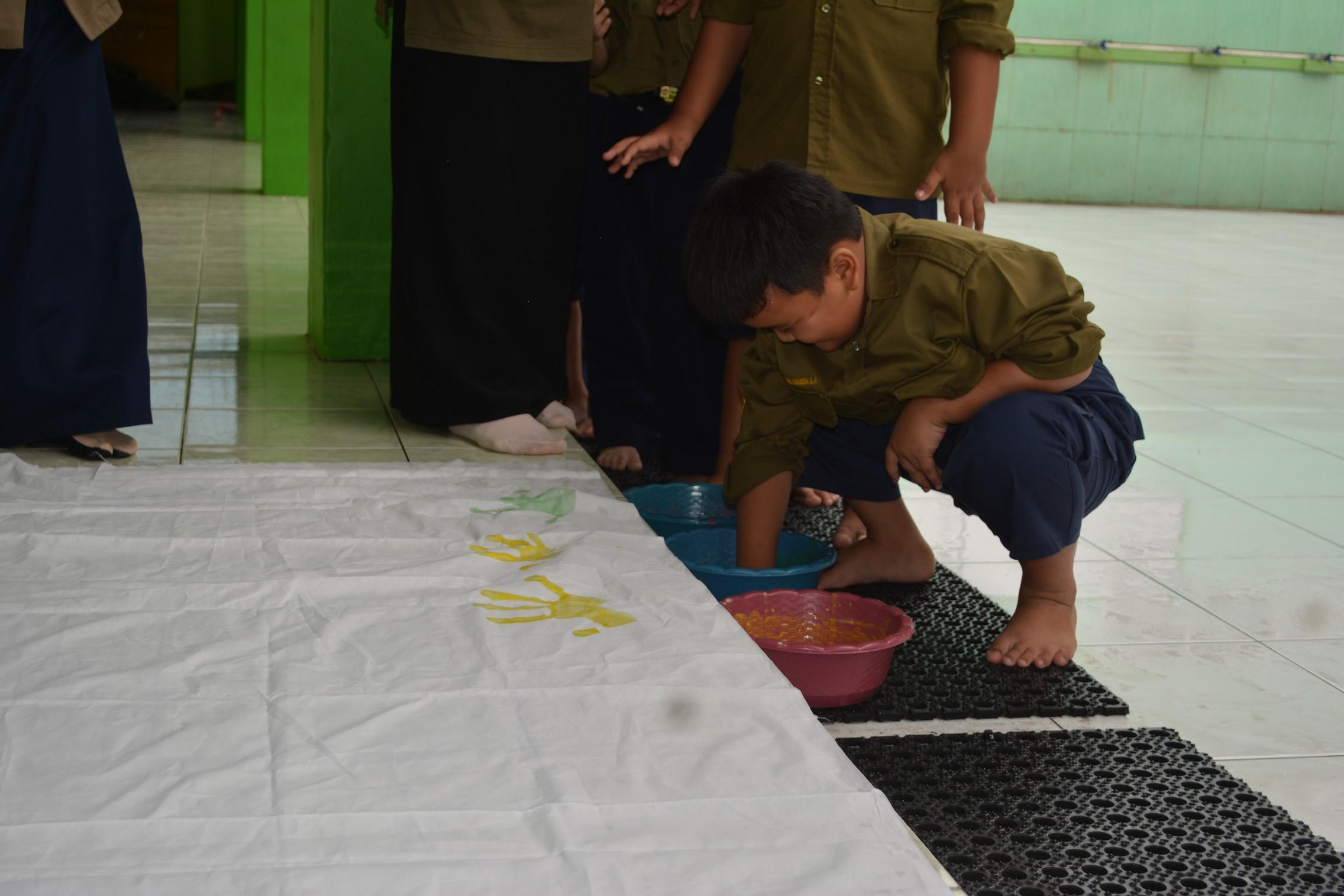 Cuci Tangan Pakai Sabun - Sosialisasi UMT